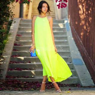 http://www.dresslink.com/stylish-lady-women-sleeveless-strap-pure-candy-color-casual-beach-loose-long-dress-p-22812.html?utm_source=blog&utm_medium=banner&utm_campaign=slina208